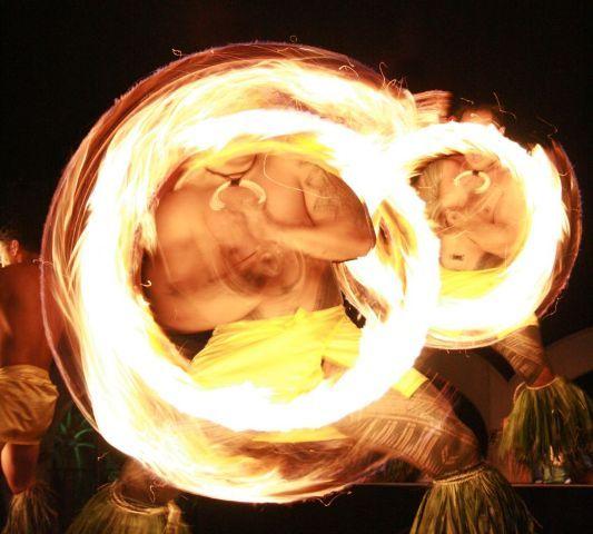ハワイを感じる宴会式ディナー「ルアウ」