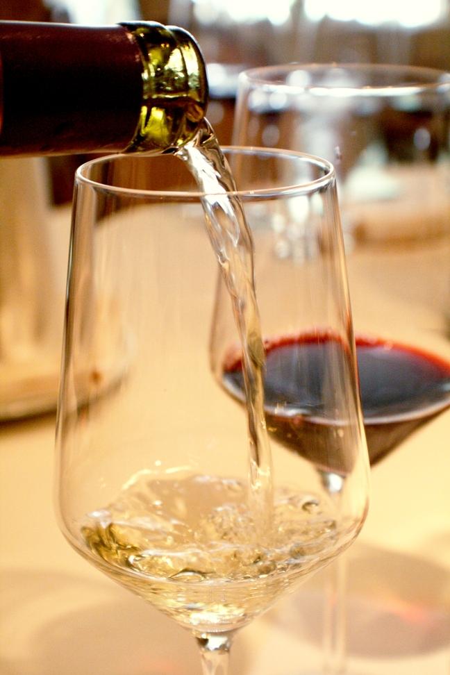 月初めの金曜の夜は世界の都市へワイン飛行