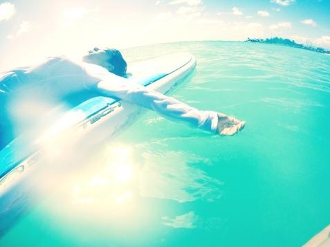 極上タイム − 海上でのシャバサナ