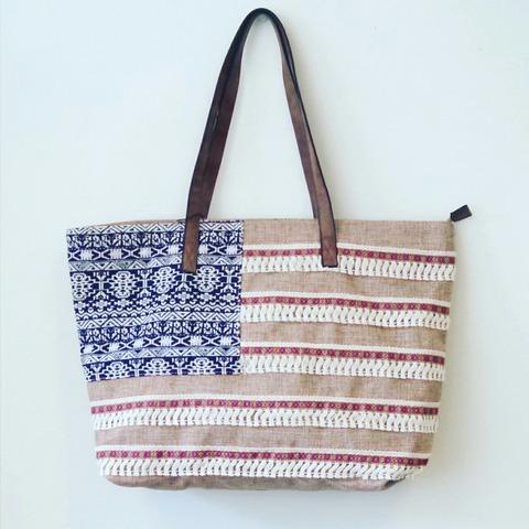 ボヘミアンなアメリカ国旗バッグが可愛い