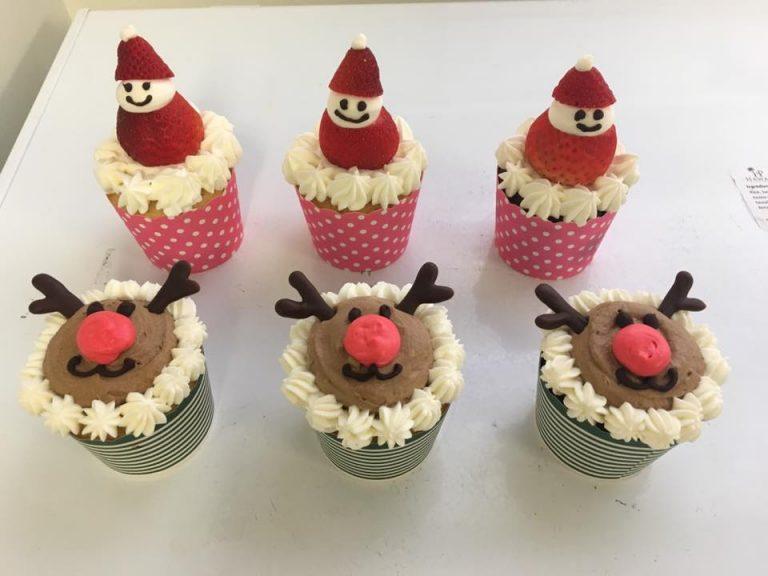 ★予告★かわいいクリスマス カップケーキ