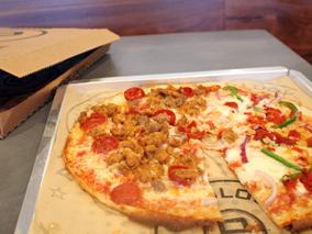 カスタマイズOKなピザ店がカイルアに上陸