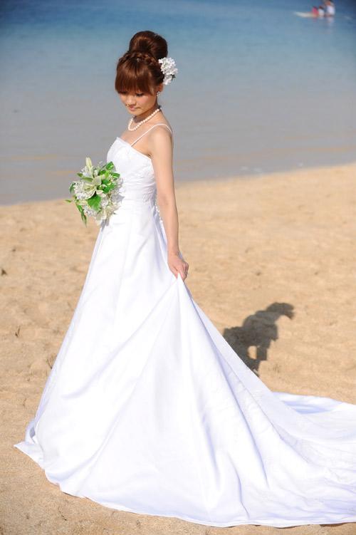 ハワイで挙式の花嫁様