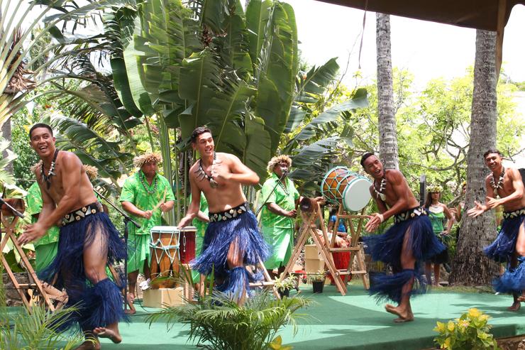 ポリネシアの村でクック諸島文化を体感