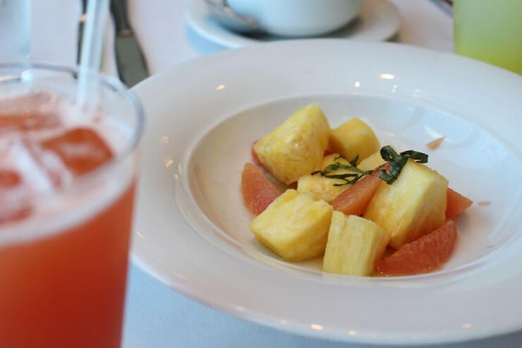 パイナップル&グレープフルーツ