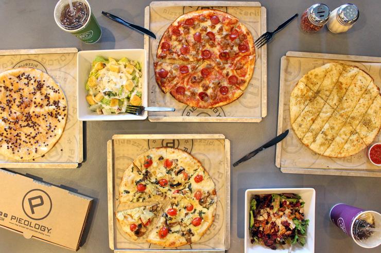 パイオロジー・ピッツェリアのカスタムピザ