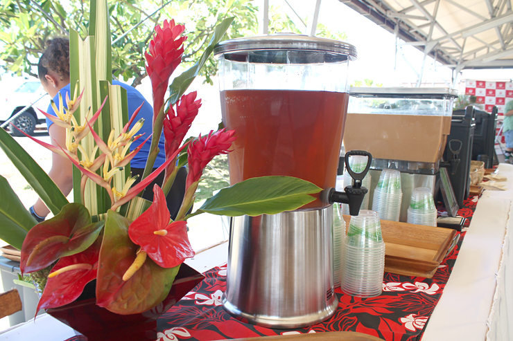 ママキ・ティーやUCCハワイのアイスコーヒーなども。