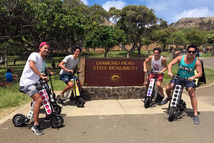 ハワイ初上陸!最新電動二輪車にトライ