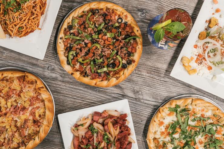 カウアイ島発祥の絶品ピザ店がカカアコに登場