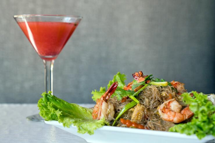 ワードビレッジに本格タイ料理店がオープン