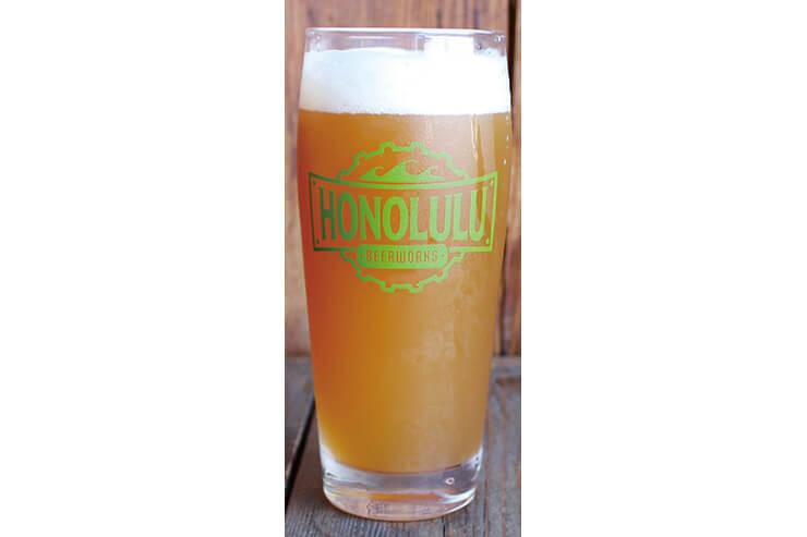定番9種、季節限定5種、計14種のビールと作っている。