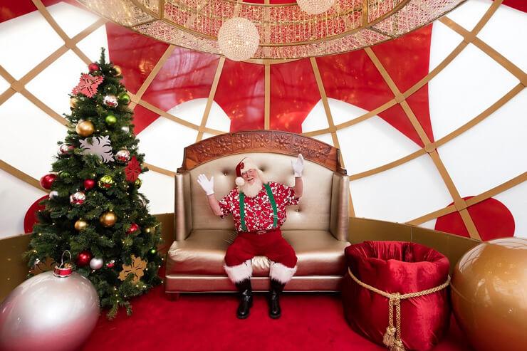 サンタも登場!アラモアナのホリデーイベント