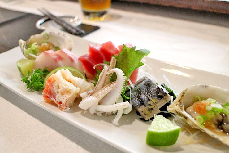 カウンターで味わうおまかせ寿司がこの値段?幸せ〜