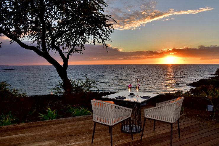 ハワイ島の絶景をカジュアルに味わうレストランバー