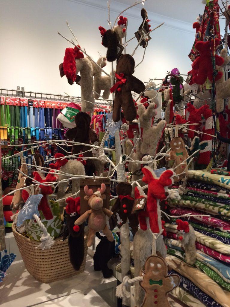 カルビン&スージー・クリスマスの雰囲気の店内 - 1