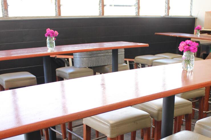 カフェ前のイートインスペース