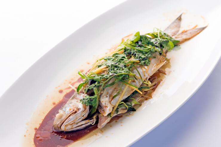淡白な白身のお魚モイと生姜醤油ベースのソースは相性抜群!$28
