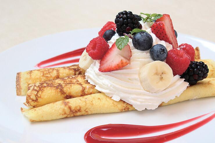 ディ・マーレ店の人気朝食メニューのクレープ