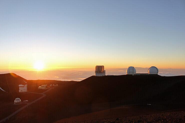 マウナケア山から見るサンセット。自然と涙があふれる感動の光景でした。