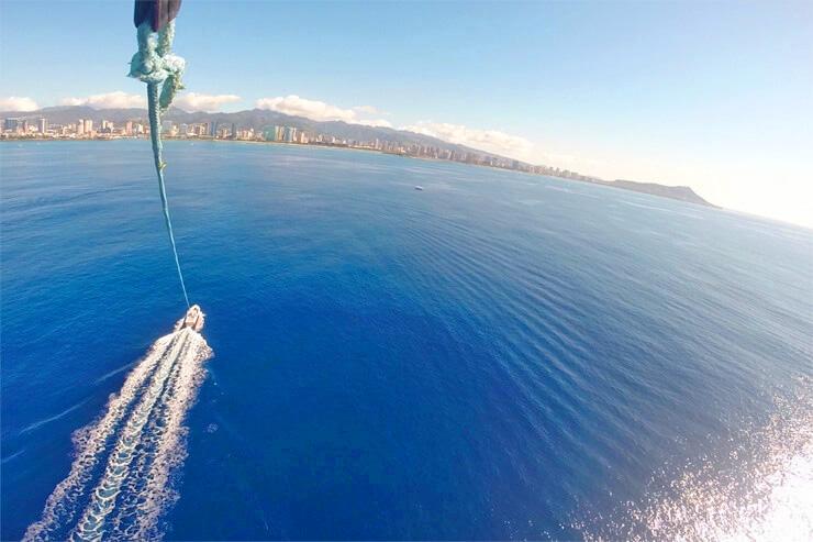 300m上空で、美しすぎるハワイをまるごと感じる!