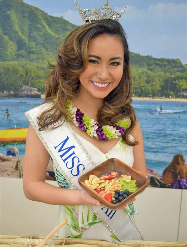 ミスハワイが作るグラノーラ朝食、おいしそう!