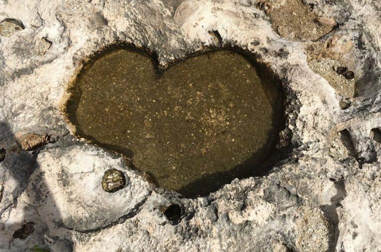 カイルア沖のフラットアイランドは愛の聖地?