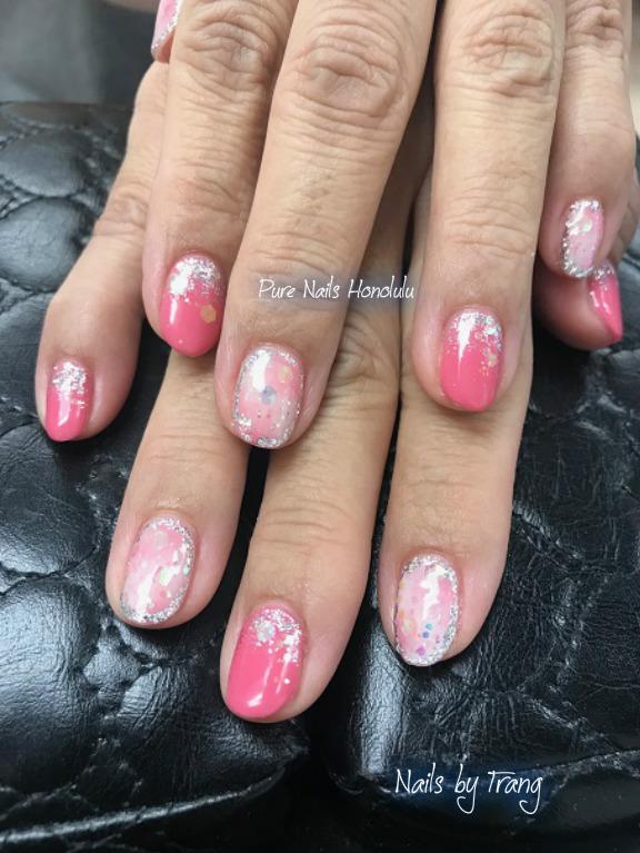 春らしいピンクのネイル!