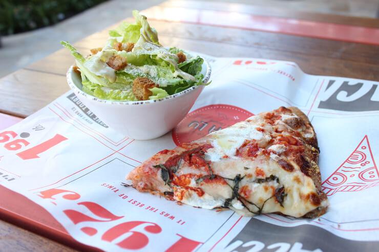 【アダムズ・ナナ・ルー】カプレーゼ・ピザと シーザーサラダのセット (好きなピザの種類を選択可)