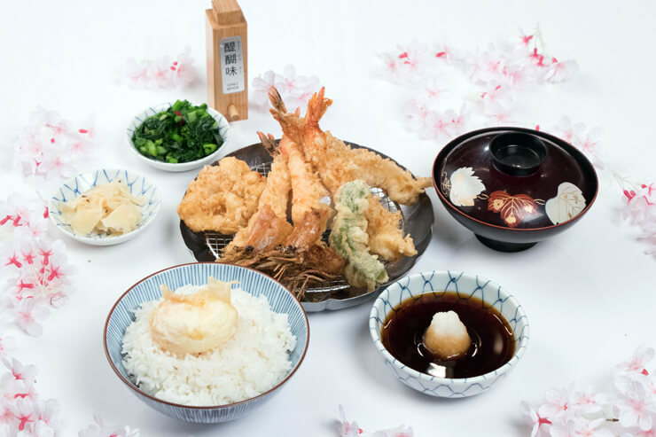 ハワイのカウアイ海老天ぷら定食:$20(1日10食限定)