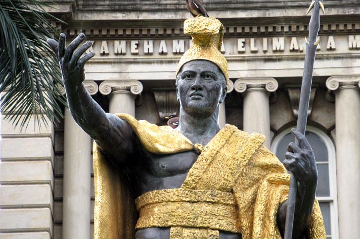 カメハメハ大王像の秘密あれこれ
