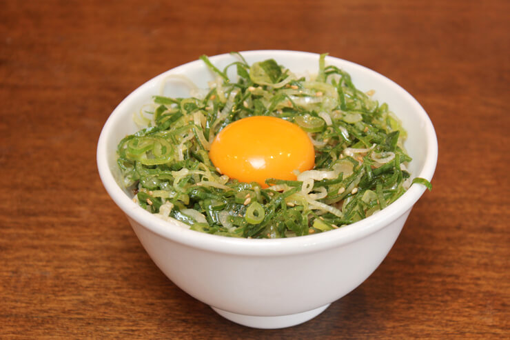 TKG卵を使用したネギタマライス