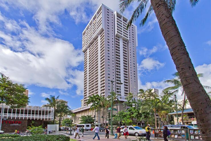ワイキキの中心で暮らすようなハワイ滞在を満喫