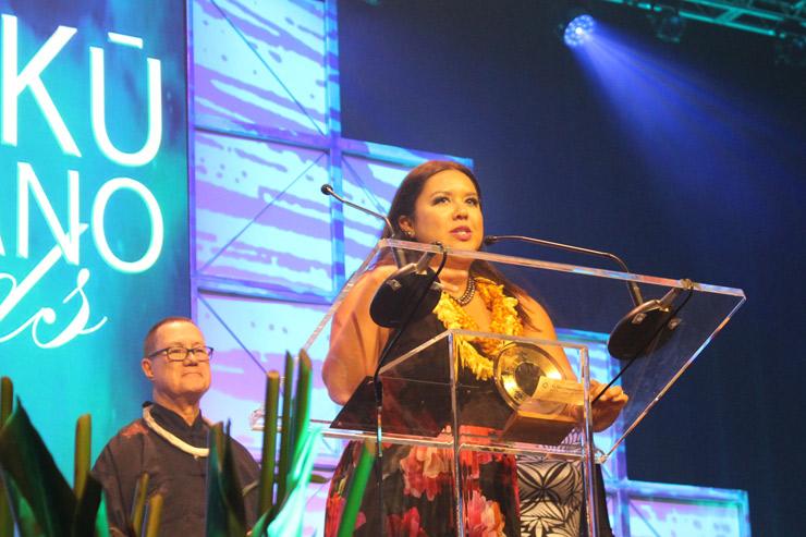 マイラ二は、「Pali Ke Kua」で最優秀EP賞を受賞