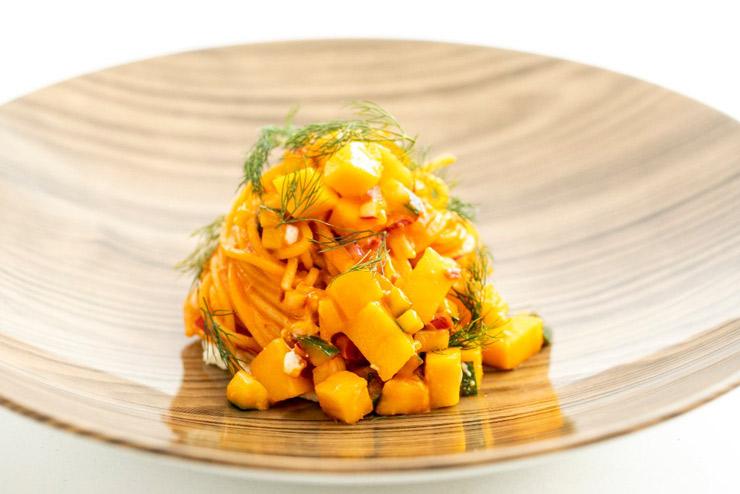 イタリア料理店の季節限定マンゴーメニューに注目