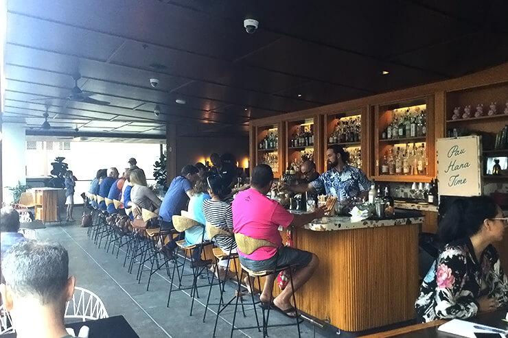 クヒオ通りのおしゃれホテル・レストランで試食会