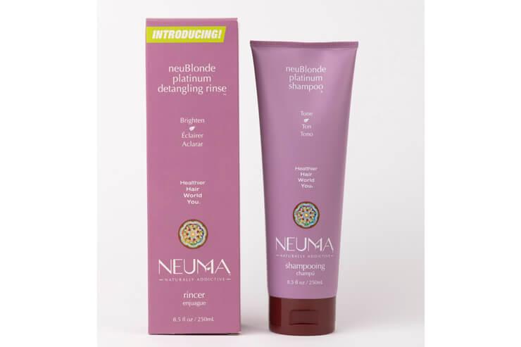 通称「むらさきシャンプー」と呼ばれ、人気急上昇中の「NEUMA」の自然派シャンプー&リンス  各$29