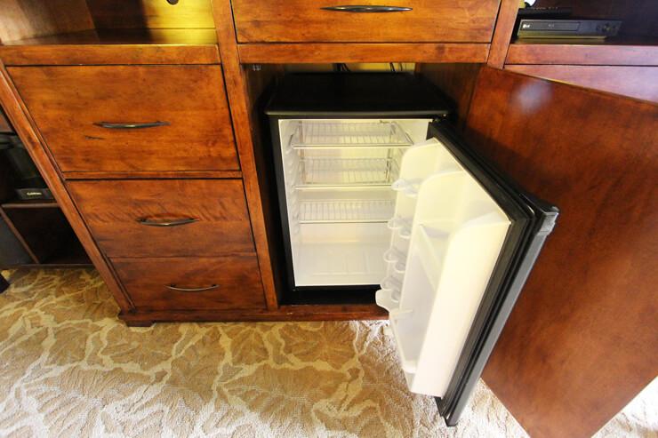 冷蔵庫の内側