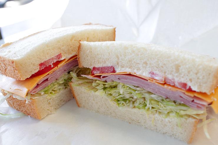 自家製パンの絶品サンドイッチ店がカリヒに進出
