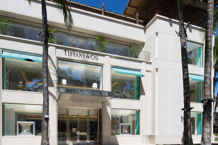 ハワイ州最大規模のティファニーがワイキキにオープン