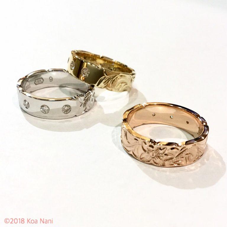 3つのダイアモンドが輝くゴールドリング