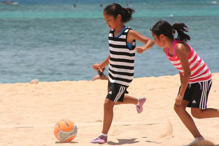 ハワイの魅力満載なビーチサッカーイベント開催!