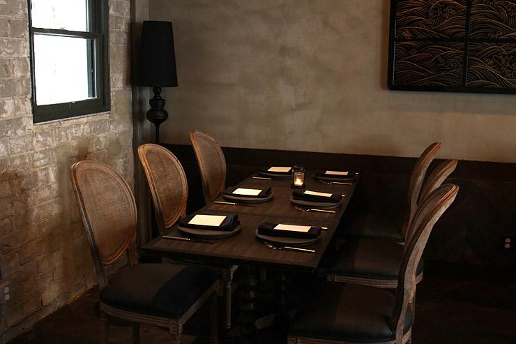 パリハワイのテーブル席