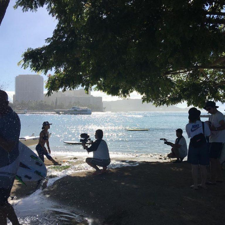 ハワイでSUPヨガの取材、近日公開予定!