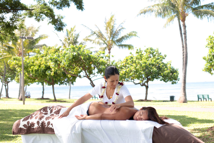 水着を着たり薄手のお洋服が多くなるハワイだから、スリムダウンして楽しみたい!