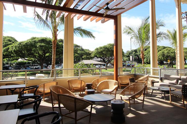 ハワイの風を感じるおしゃれカフェがグランドオープン