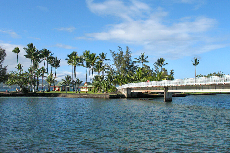 ハワイ島ヒロの聖なる小島、ココナッツアイランド
