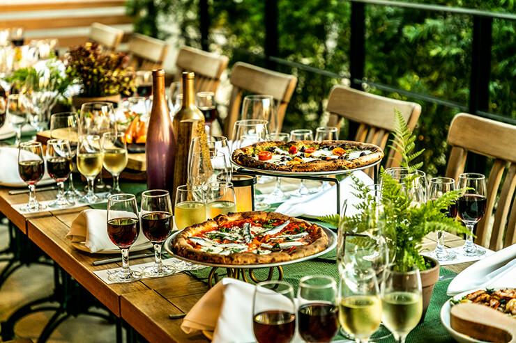 新イベント!毎月第1金曜はワイキキのワイン社交会へ