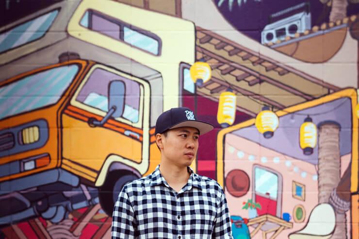 カカアコの壁画で有名なジャスパー・ウォンが来店