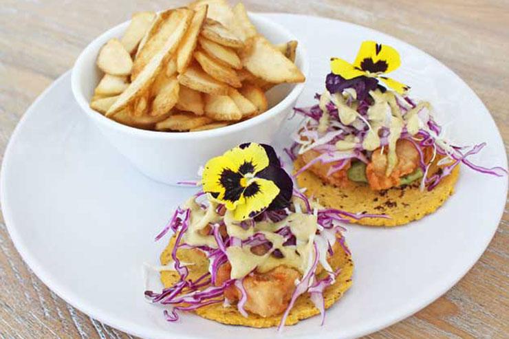 新シーフードレストランがカカアコにオープン!