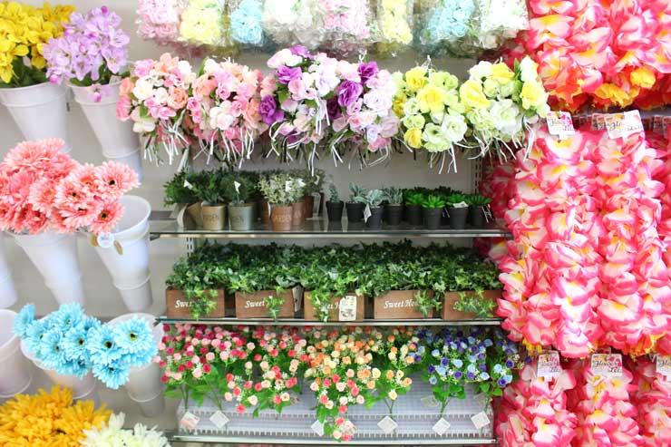 造花の種類が豊富でカラフル!